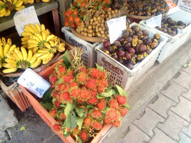 道端フルーツ 市場