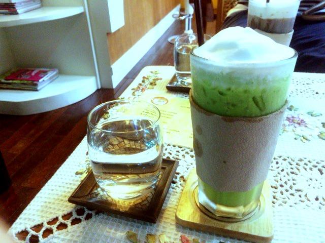 カフェ サンティタム