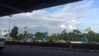 チェンマイ空港からバンコクへ出発します