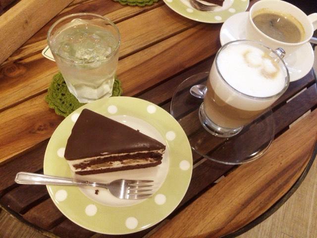 カフェ ab'petite cafe タニン市場
