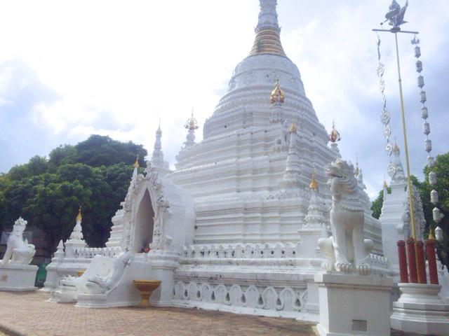 wat mahawan ワット・マハワン ターペー通り お寺
