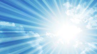 常夏のリゾートに持って行きたい紫外線対策!