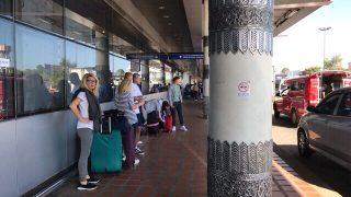 チェンマイ到着。出口はインターナショナルよ!タクシー手配前に外に出てはいけません。